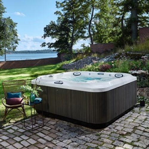 Jacuzzi-J-375-Hot-Tub-In-Carlsbad